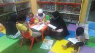 Anak-anak Bimbel Al Faqih Center Sumber Rejo Pangkalpinang sedang belajar di Ruang Baca Khusus Anak Perpusprov Babel, Selasa (2/2/2021).