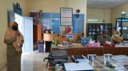 Tim Pustakawan DKPUS Babel saat memberikan masukan terkait kesiapan akreditasi perpustakaan SMAN 4 Pangkalpinang.